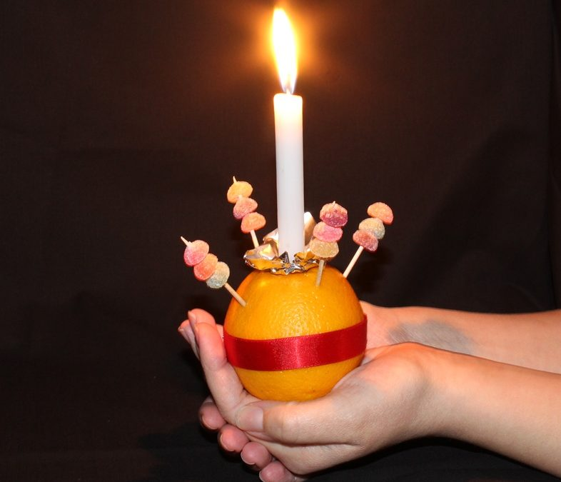 3 December : Christingle Service for Children at Stowey Church